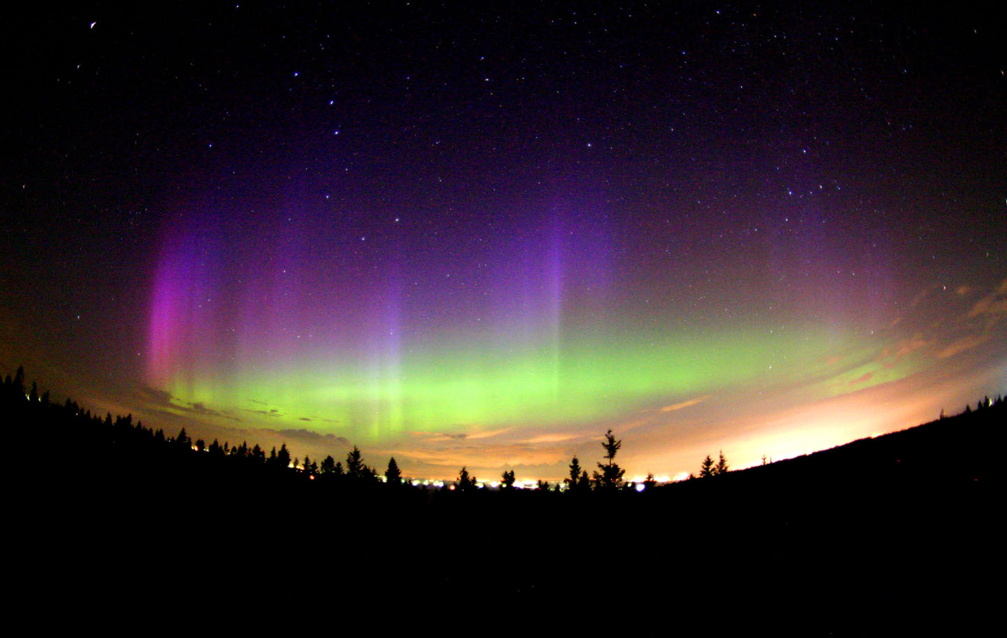 Led Manufacturer Discovers Northern Lights Actually Leds